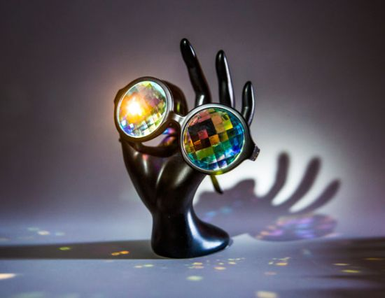 H0les – очила или калейдоскопи? Преценете сами!
