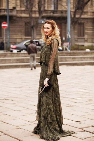 Street-Style-Summer-Maxi-Dress-2015-Summer-Dresses-2015-Summer-Collection-2015-Summer-Outfits-2015-fashionmaxi.com-6