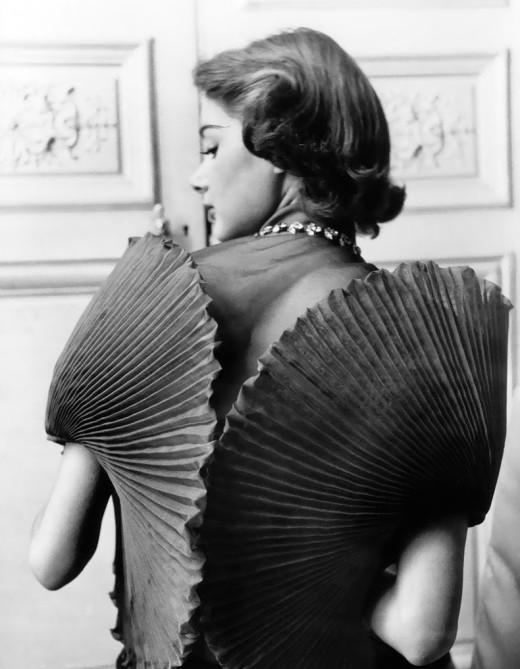 dress-by-elsa-schiaparelli