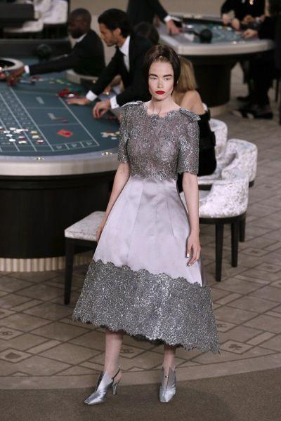 Лагерфелд построи казино за модното шоу на Chanel