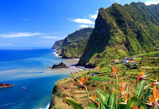 """Мадейра – атлантическите """"плаващи"""" градини на Португалия"""