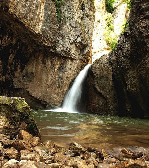 Къде в България? Еменският каньон, например