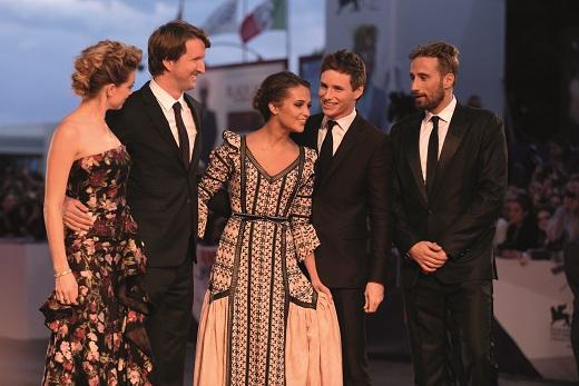 """Продължителни овации получи """"Момичето от Дания"""" на филмовия фестивал във Венеция"""
