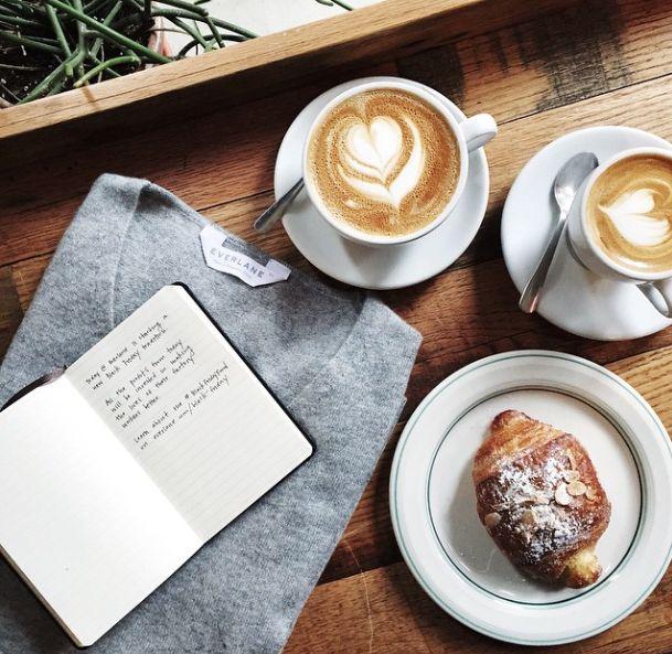 """""""Четете всеки ден по нещо, което никой друг не чете. Мислете всеки ден нещо, което никой друг не мисли. Правете всеки ден по нещо, което никой друг не прави."""""""