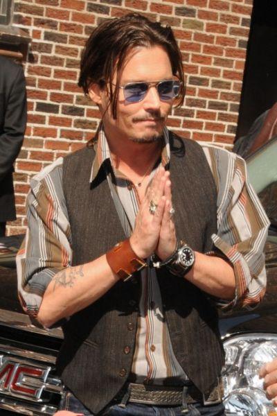 Johnny-Depp-Saat-3