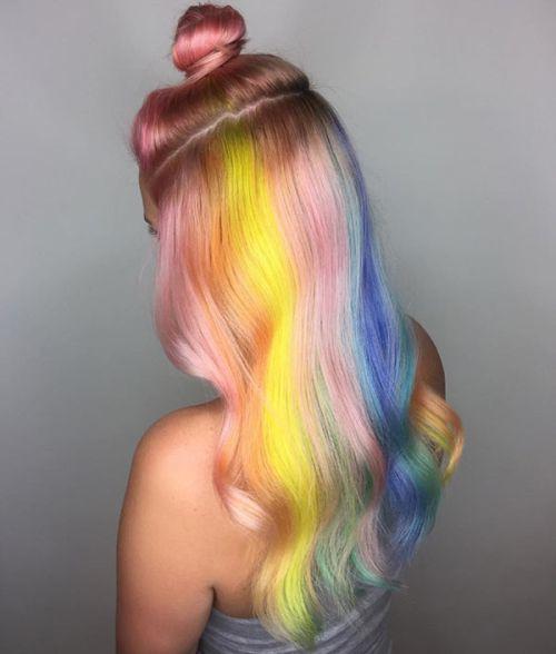 weirdest_beauty_trends_rainbow_hair
