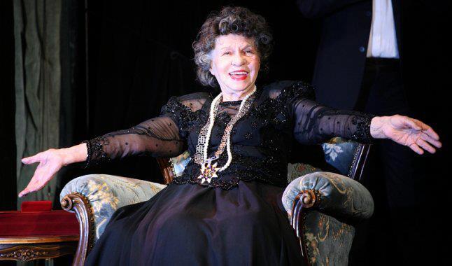 """Стоянка Мутафова: """"Който не носи театър в себе си, е умрял."""""""