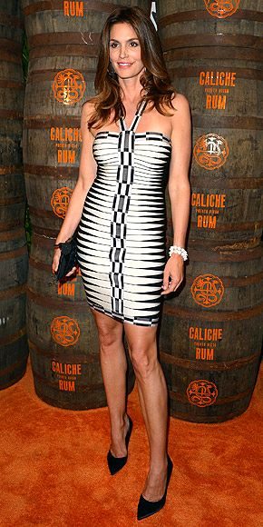 3-cindy-Crawford-Dress-collection-20
