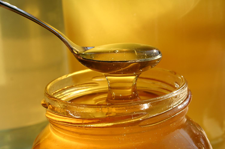 Какво се случва с тялото ни, когато пием редовно топла вода с мед?