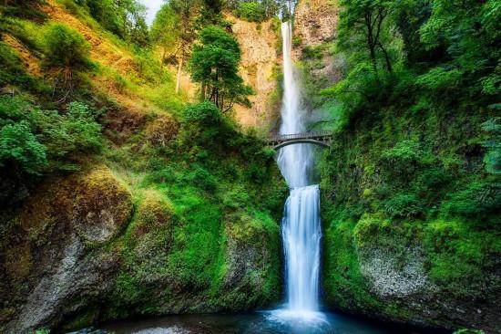 Спиращи дъха водопади, които непременно трябва да посетите