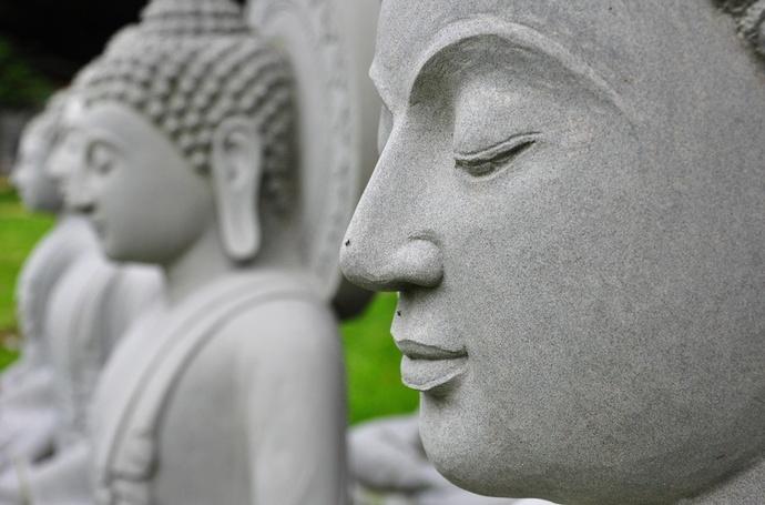 Кои са петимата тибетци, които пазят тайната за стройна фигура?