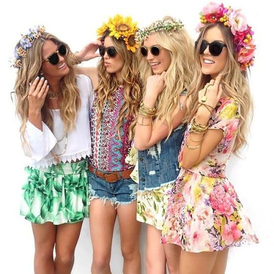 Цветя в косите! Пролет, лято и фестивали в сърцето!