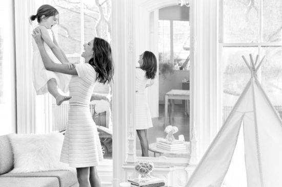 Alessandra-Ambrosio-Michael-Kors-Mothers-Day-2016-Campaign01