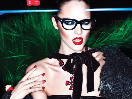 Tom-Ford-Fall-2011-Ad-Campaign-Candice-Swanepoel-Pictures
