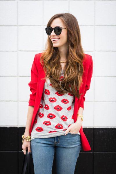 blazer-and-lip-graphic-shirt
