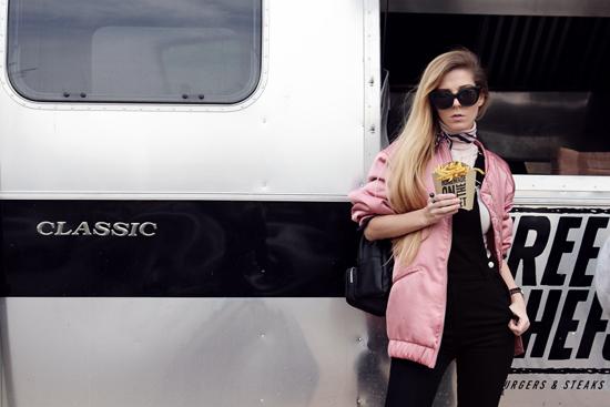 Сирма Маркова за новите must-have попълнения в гардеробите ни и свободата на стила