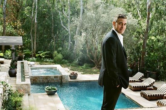 Джордж Клуни – на 56 и все още модна икона и секссимвол