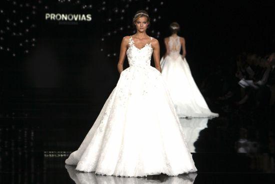 Pronovias-Barcelona-BN-Bridal-BellaNaija-2016-5
