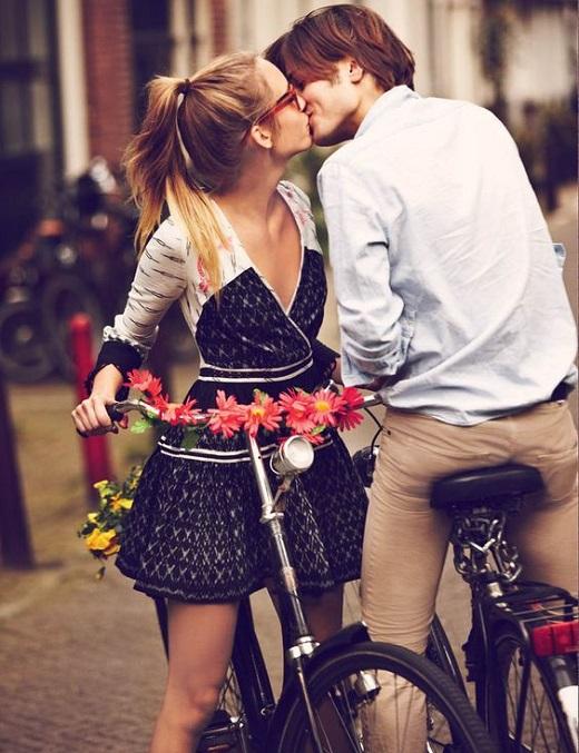 Влюбваме се за секунди. Как?