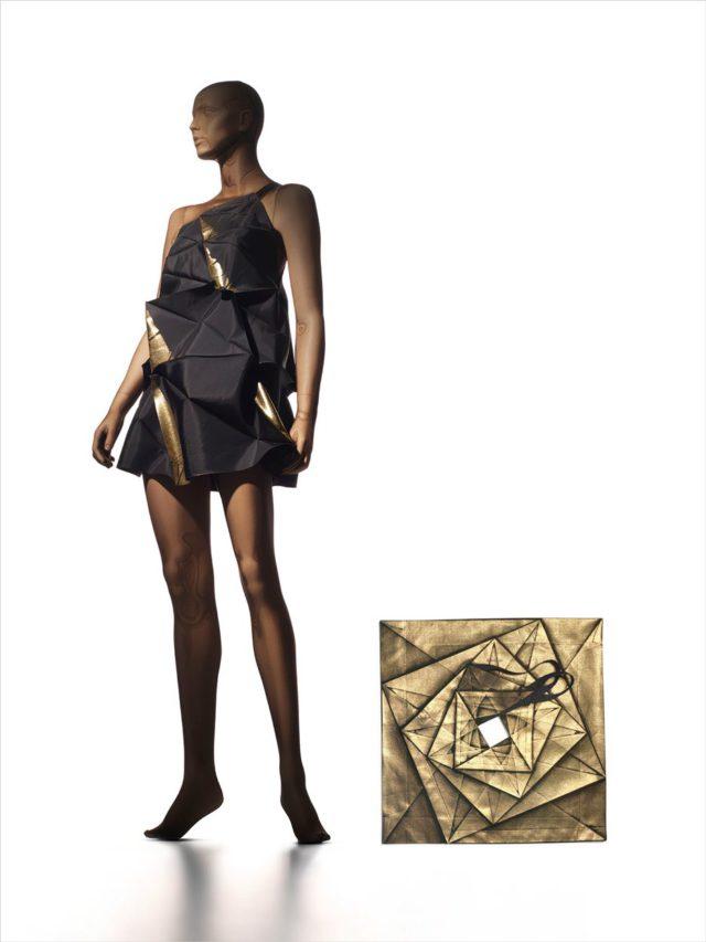 Miyake-Issey_No.1-Dress(CMYK)