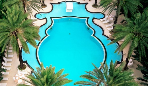 Raleigh-Hotel-Pool-Miami