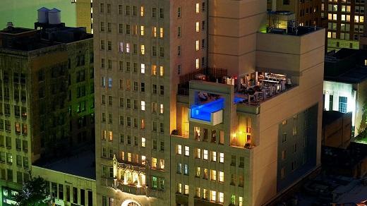 joule-hanging-rooftop-infinity-pool