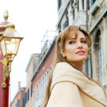 Любимите ни 10 роли на Анджелина Джоли