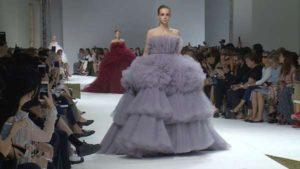 797660-Giambattista-Valli-Fashion-Show-Haute-Couture-Autumn