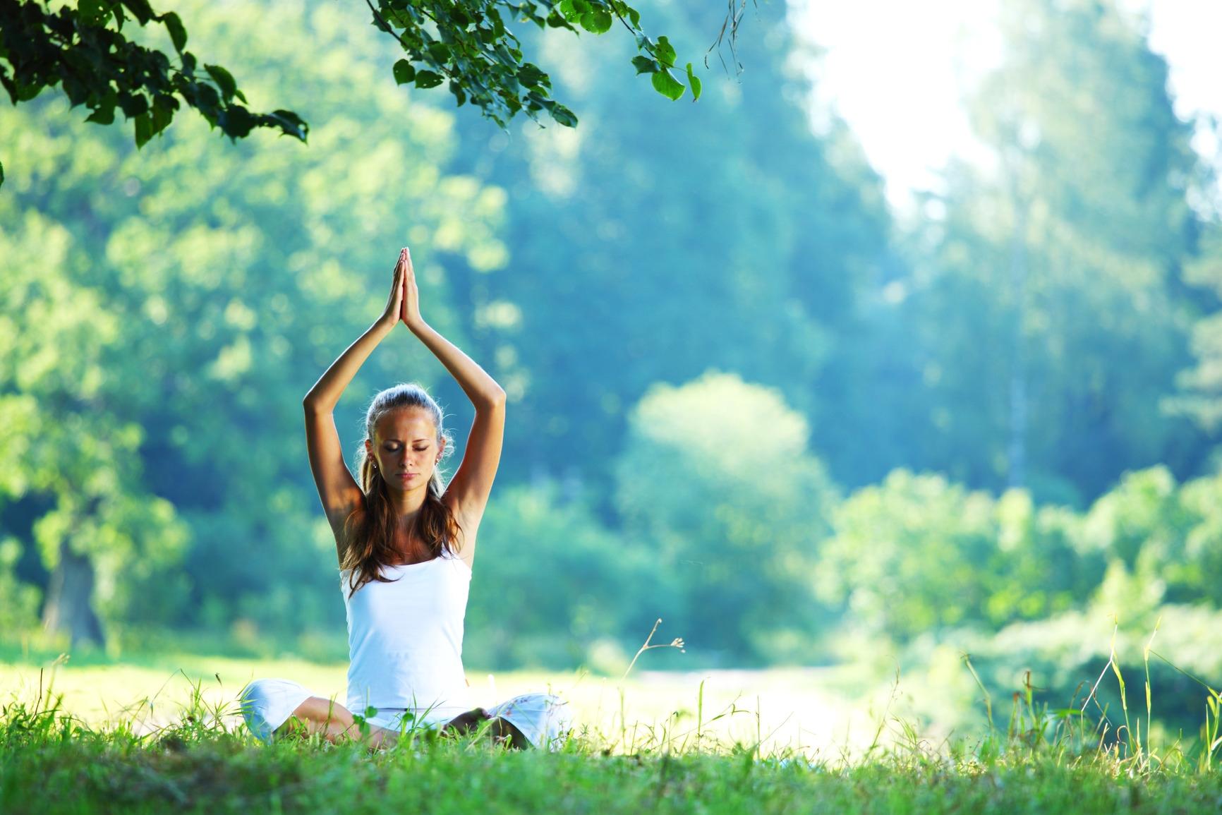 5 лесни йога асани за стопяване на стреса