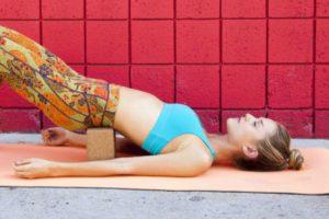 yoga-bridge-600x400