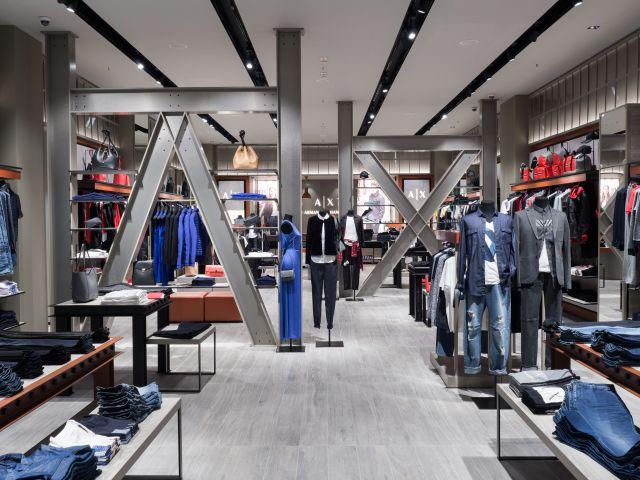 Armani Exchange вече и с магазин в България