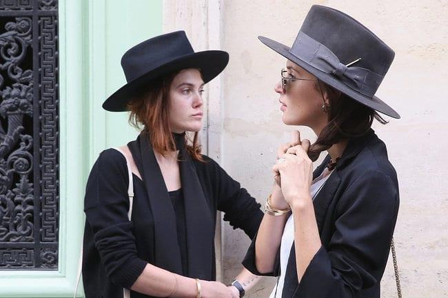 Есенен парад на шапките