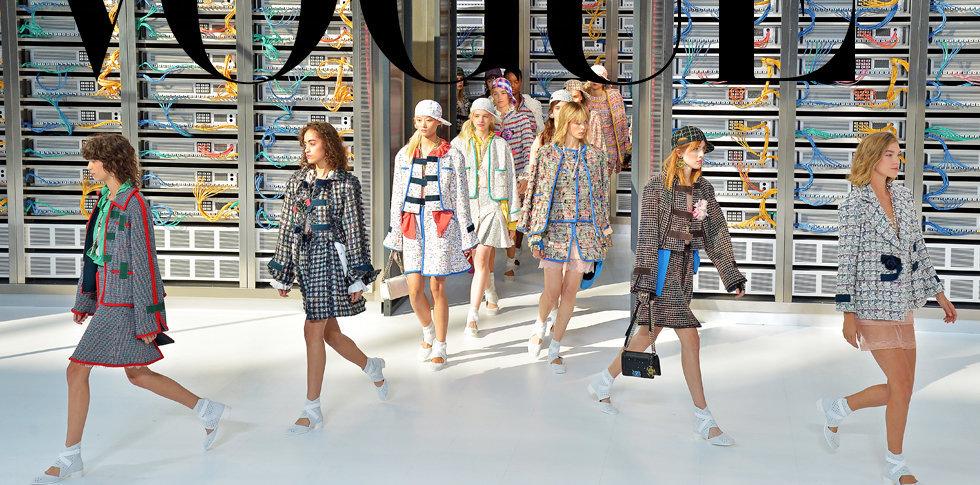 Chanel срещна Вчера с Утре на технологично модно шоу