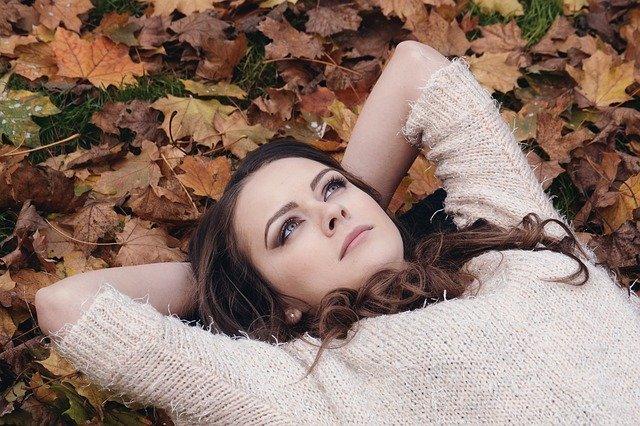 10 стратегии срещу есенната депресия