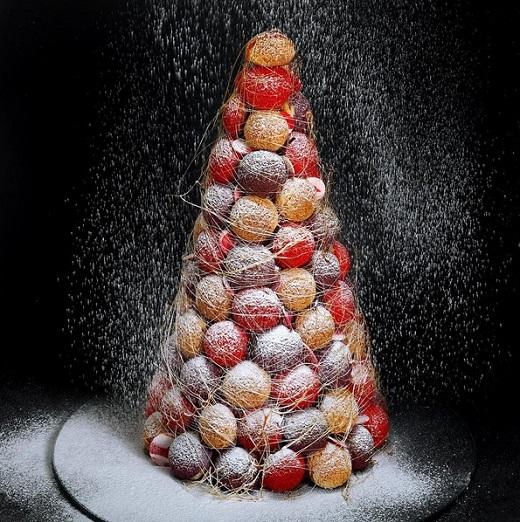 Къщичка от захар – архитектурните десерти на Динара Каско