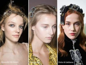 fall_winter_2016_2017_hair_accessories_trends_bejeweled_brooches_barrettes_hair_clips1