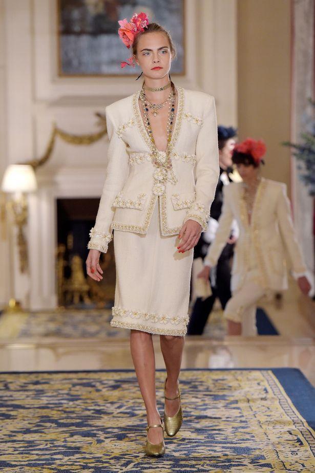 """Chanel превзе """"Риц"""" с дефиле"""