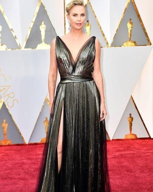 Право от червения килим – роклите, които заслужават Оскар