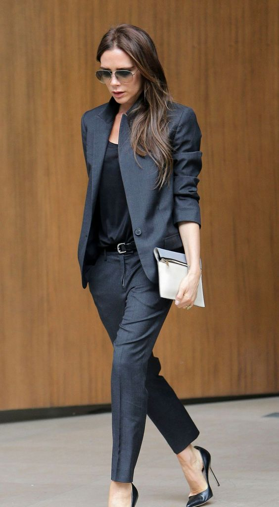 Топ 5 в петък: 5 задължителни дрехи за всяко работещо момиче