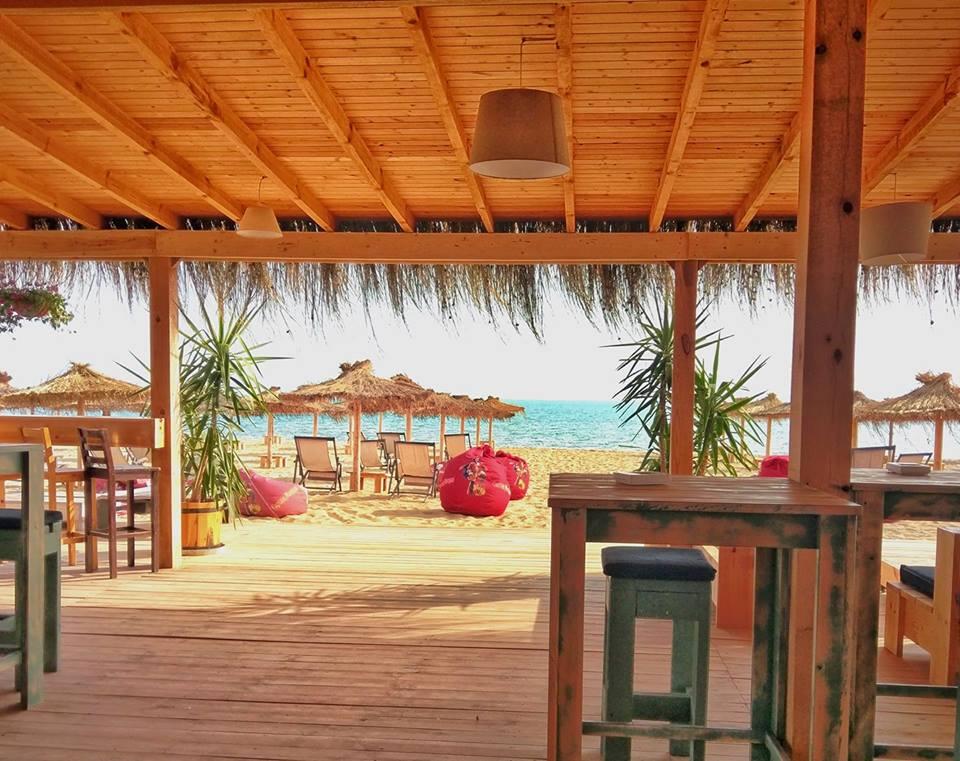 3 места по Черноморието, където барът е до морето