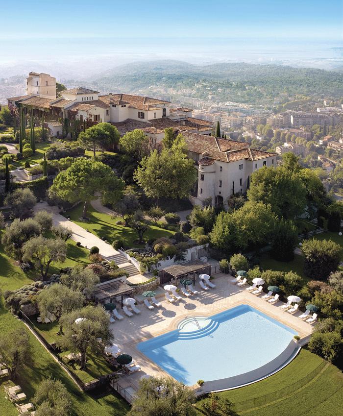 Cote d'Azur луксът трудно ще ни омръзне