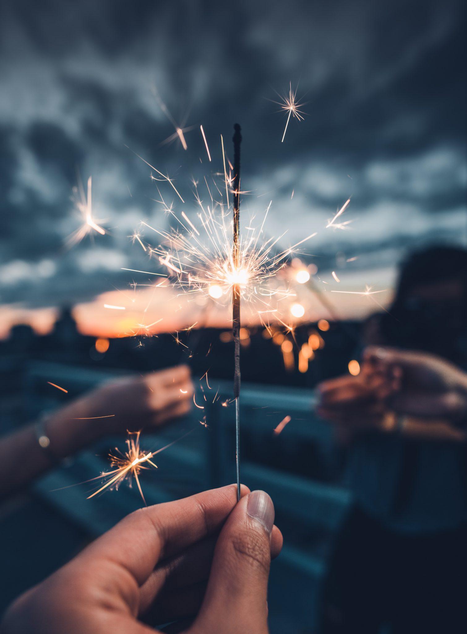Намигване към новата… година