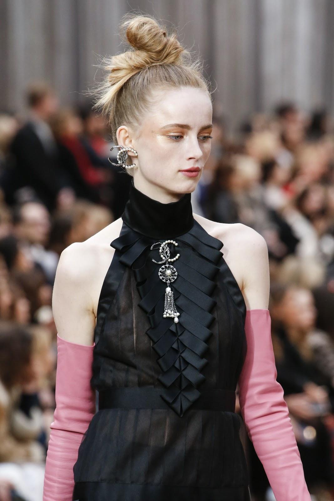 Парижки тенденции при косата и грима