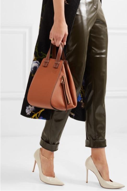 Дамска чанта от LOEWE
