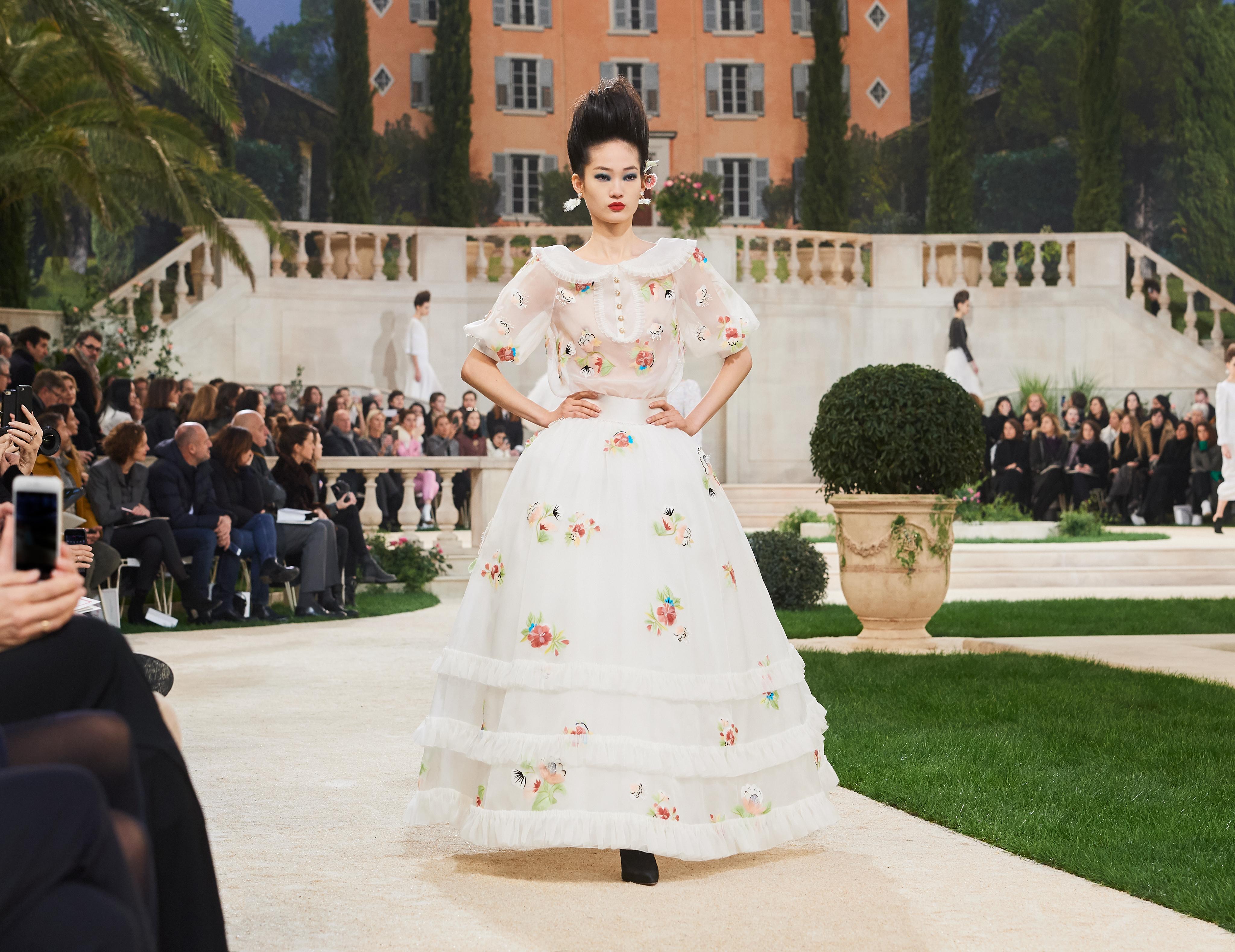 Chanel и поканата за Френската Ривиера