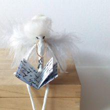 Бутикова изложба на миниатюри от папиемаше откриват в Месеца на книгата