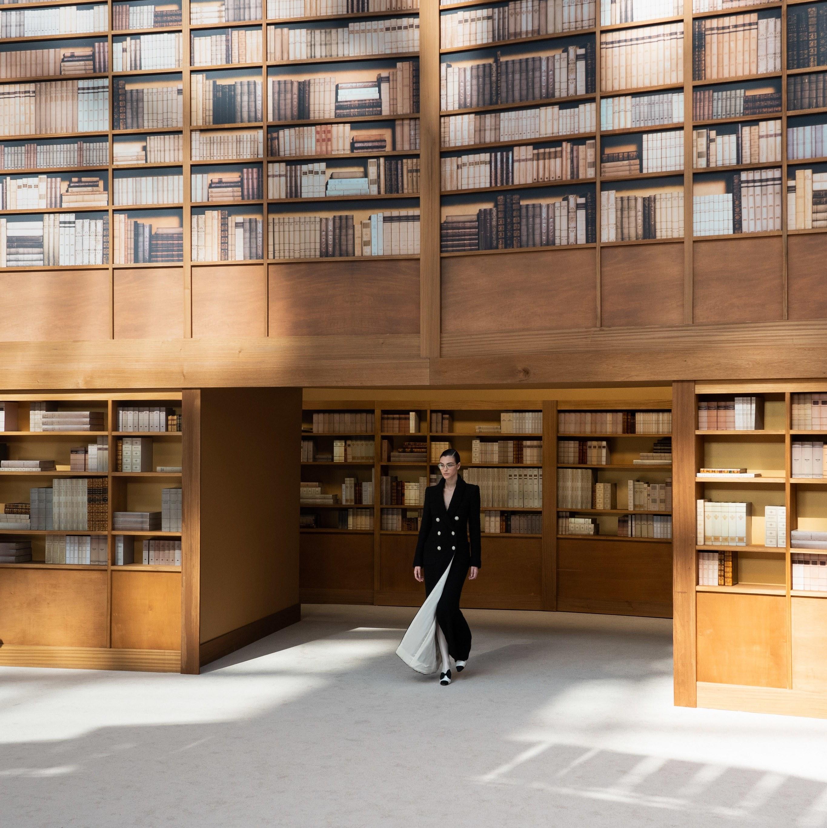 Изгубени в библиотеката с Шанел и Виржини Виар