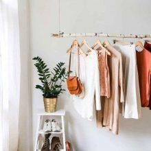 С игла, конец и магия: 7 типа корекции, които може да причините на дрехите си