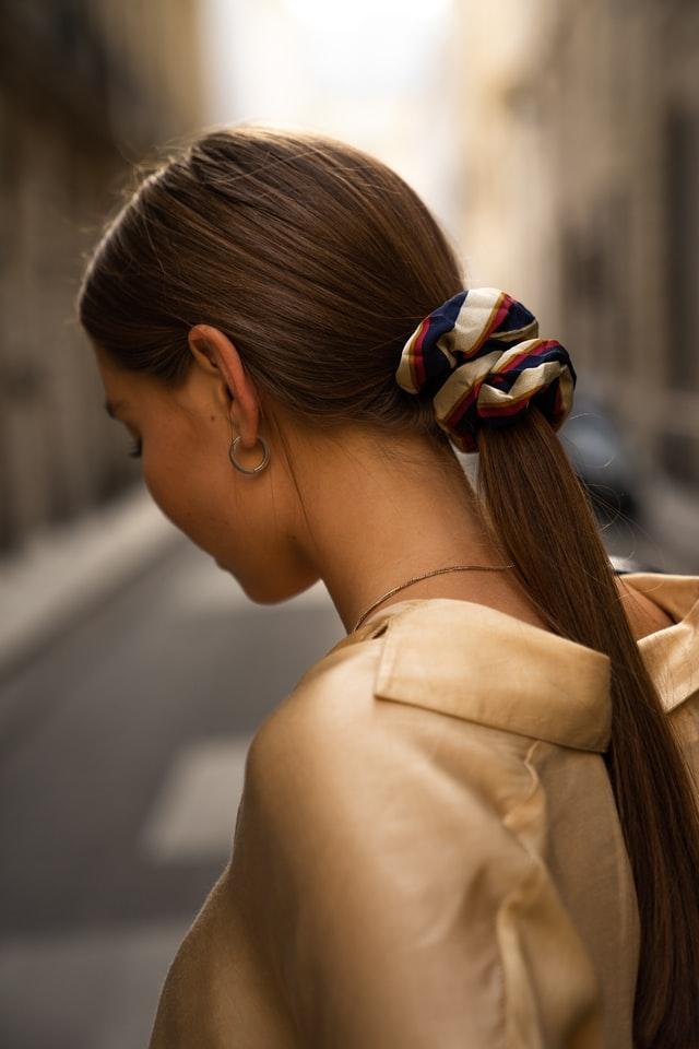 С отенъци на щастие: 6 съвета за брюнетки