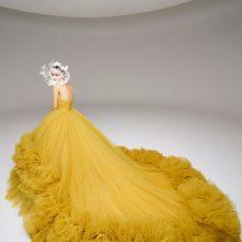 Отвъд фантазиите и красотата с Schiaparelli, Iris van Herpen и Giambattista Valli